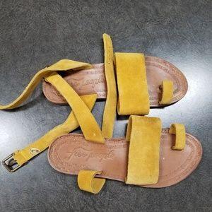 Free people mustard suede sandal size 7 (37)